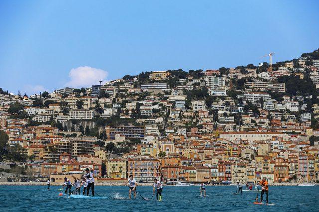 Competidores en el Azur Paddle Days