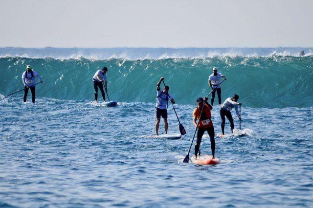 Azur Paddle Days con olas