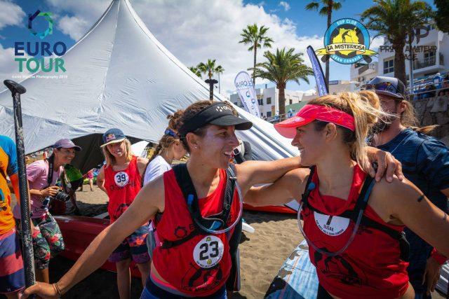 Esperanza y Susak. La Misteriosa SUP Race Arguineguin