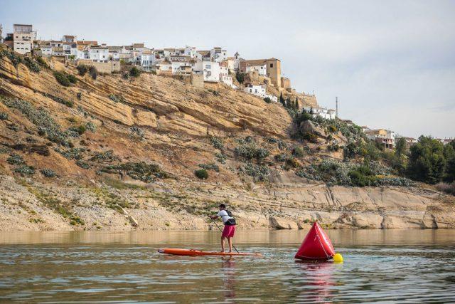 Preciosa estampa del Iznájar SUP Lago de Andalucía