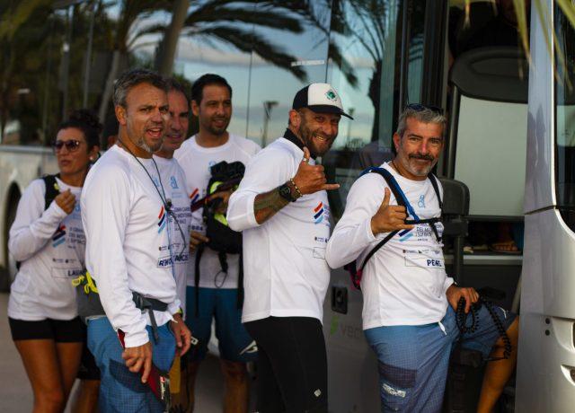 Participantes lleno a la Salida de la Gran Carrera del Mediterráneo SUP Race