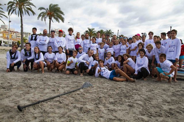 Amateurs y muchos más participantes en la Gran Carrera del Mediterráneo SUP Race