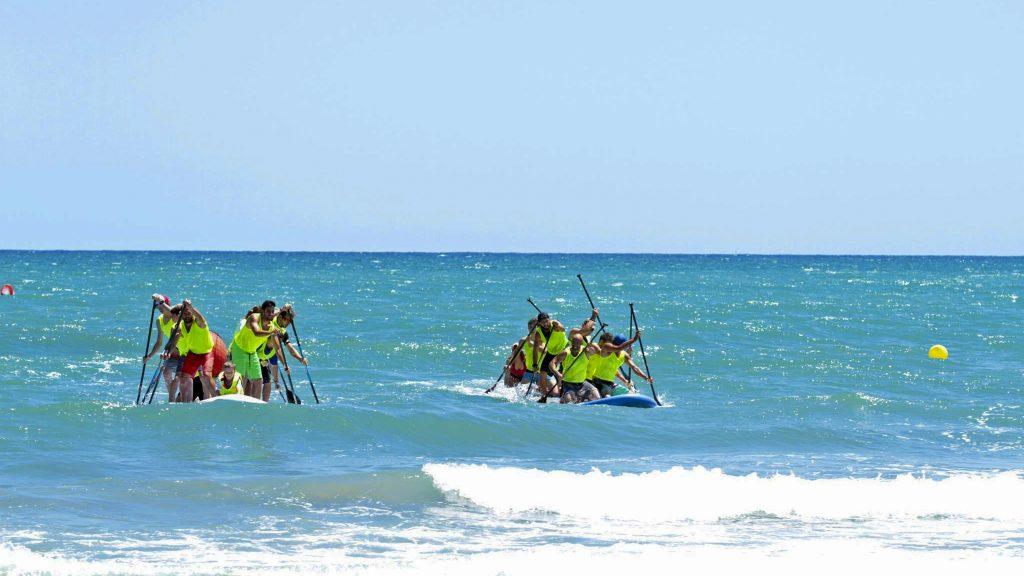 Diversión y alegría con las BIG SUP. Club Surf Dénia . Paddle Surf